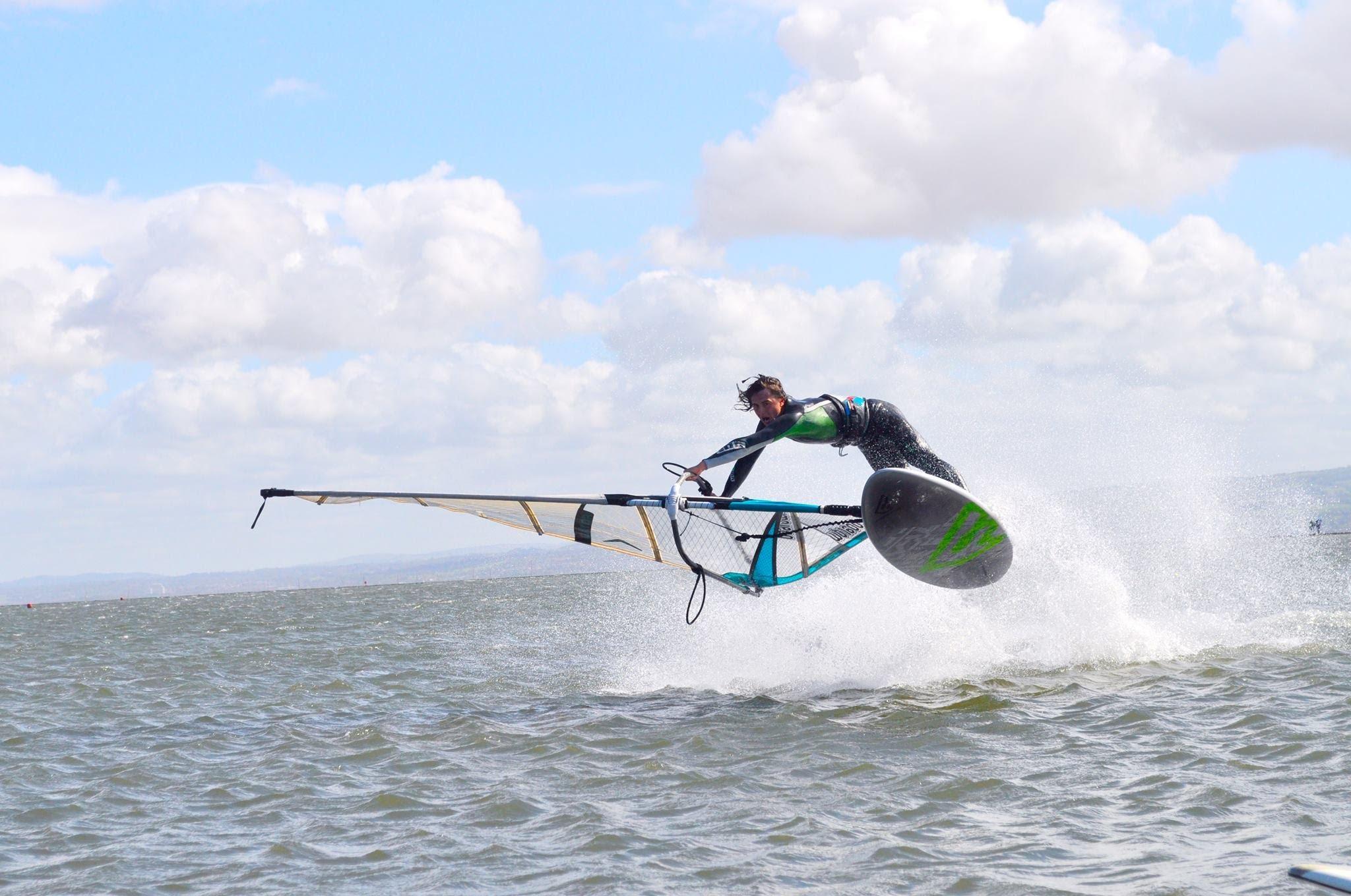 Surf, windsurf e kite sulla Costa degli etruschi