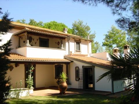 Rosignano Marittimo  Villetta/Villa in zona collinare