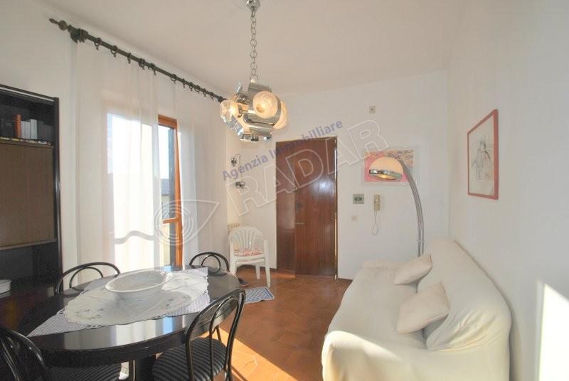 Castiglioncello  Appartamento in schiera con giardino