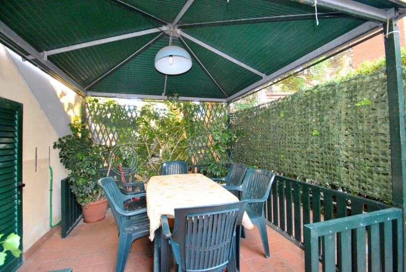 Castiglioncello  Apartment on the ground floor, 50 meters from the sea
