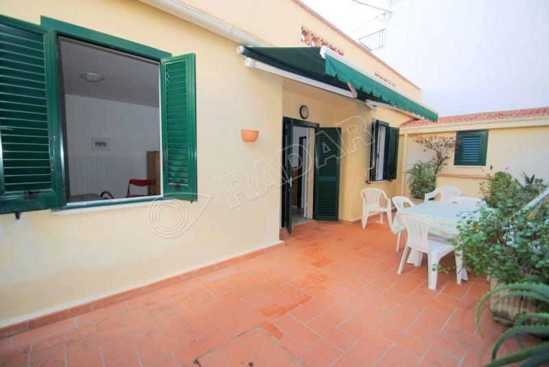 Castiglioncello  Appartamento indipendente, mt 50 dal mare