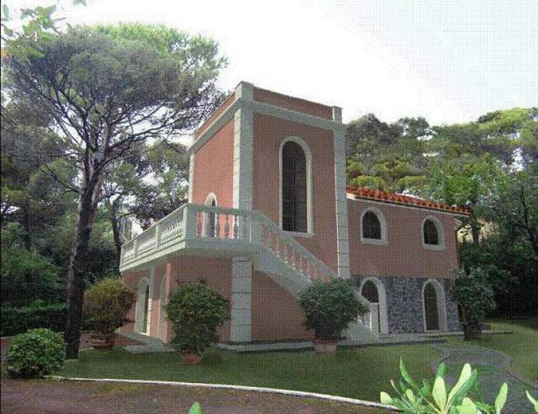 Quercianella vendita villetta villa singola quercianella - Casa stile liberty ...