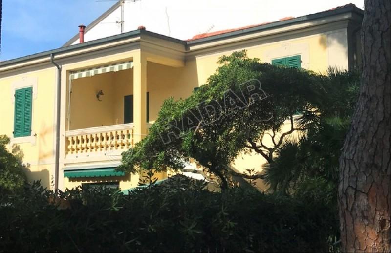 Castiglioncello  Wohnung 50 Meter vom Meer entfernt in der zentralen Zone von Castiglioncello- Toskana