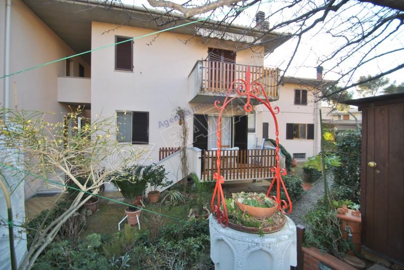 Castiglioncello  Appartamento con giardino e taverna
