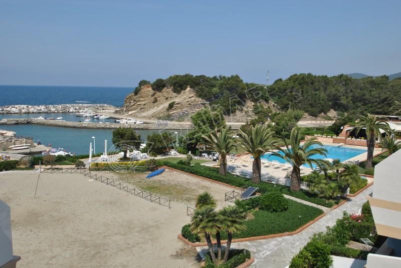 Castiglioncello  Bilocale con terrazza vista mare