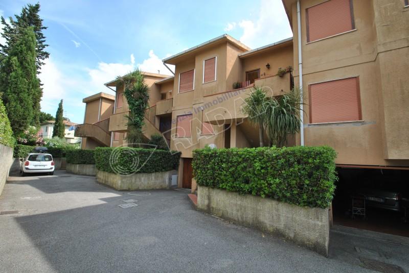 Castiglioncello  Appartamento trilocale a 500 metri dal mare