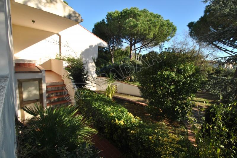 Castiglioncello  Appartamento indipendente con giardino a 600 metri dal mare