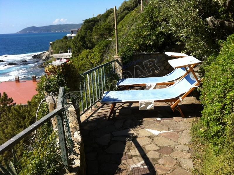 Castiglioncello  Villetta/Villa Villa fronte mare con terrazza e giardino