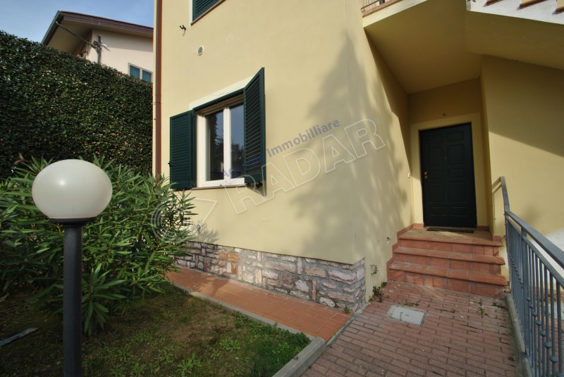 Castiglioncello  One-bedroom apartment with garden, 250 meters from the sea