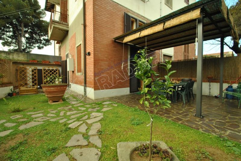 Castiglioncello  Terratetto indipendente con giardino -