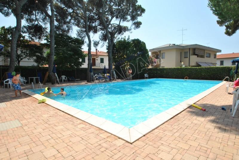 Castiglioncello  Appartamento In residence con piscina