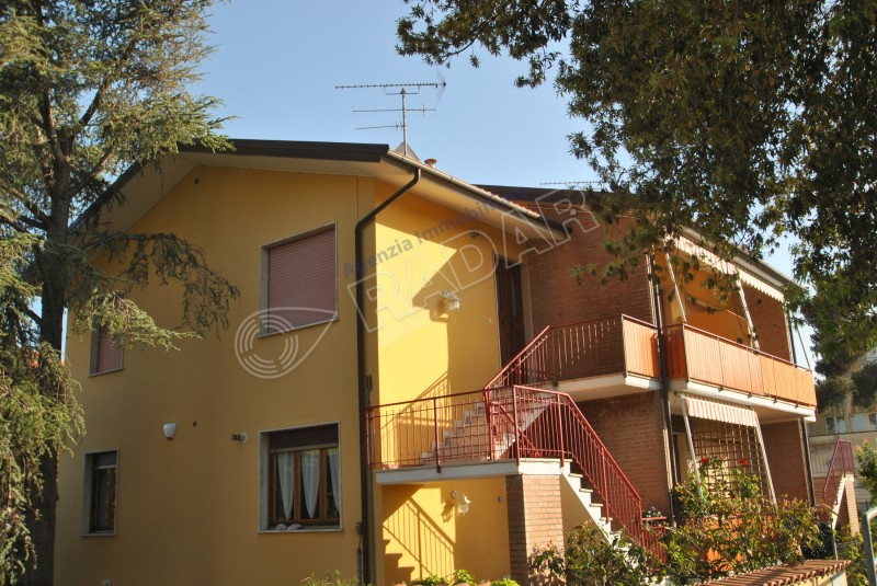 Castiglioncello Affitto Two Bedroom Apartment 200 Meters From The