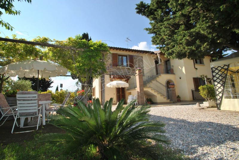 Rosignano Marittimo  Country house renovated in hilly area