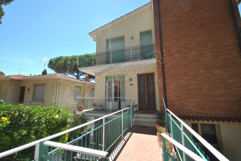 Castiglioncello  Appartamento con balcone a 500 metri dal mare