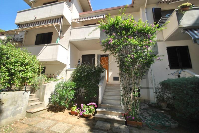 Castiglioncello  Appartamento In complesso residenziale a 600 metri dal mare