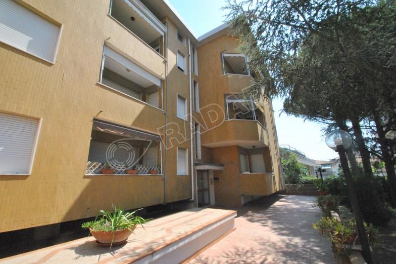 Castiglioncello  Appartamento in zona centrale a 100 metri dal mare