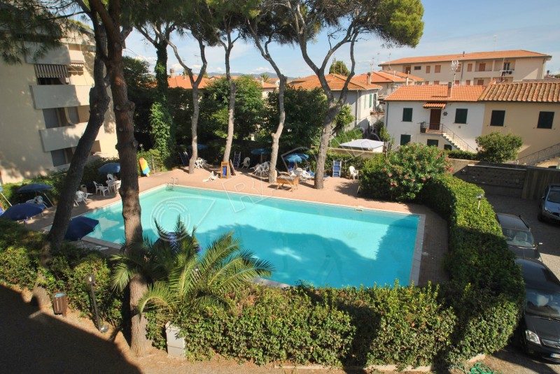 Castiglioncello  Appartamento In residence con piscina a 50 mt dal mare