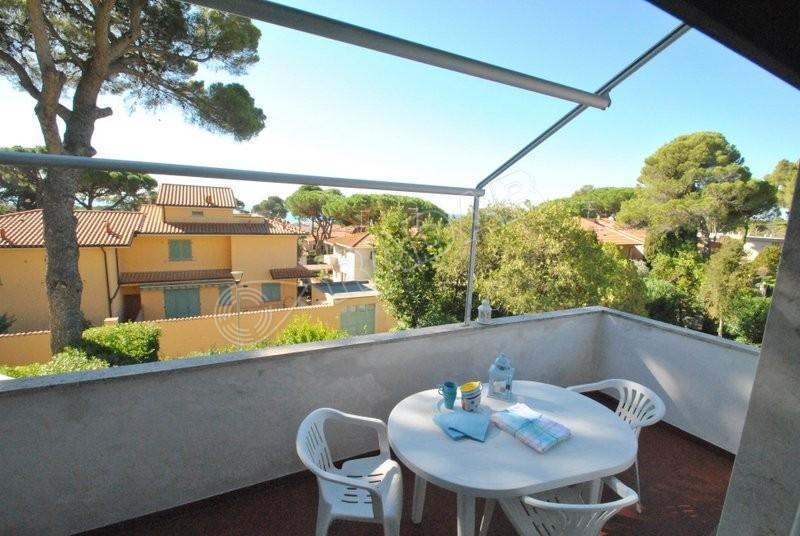 Castiglioncello  Trilocale con giardino e terrazza vista mare