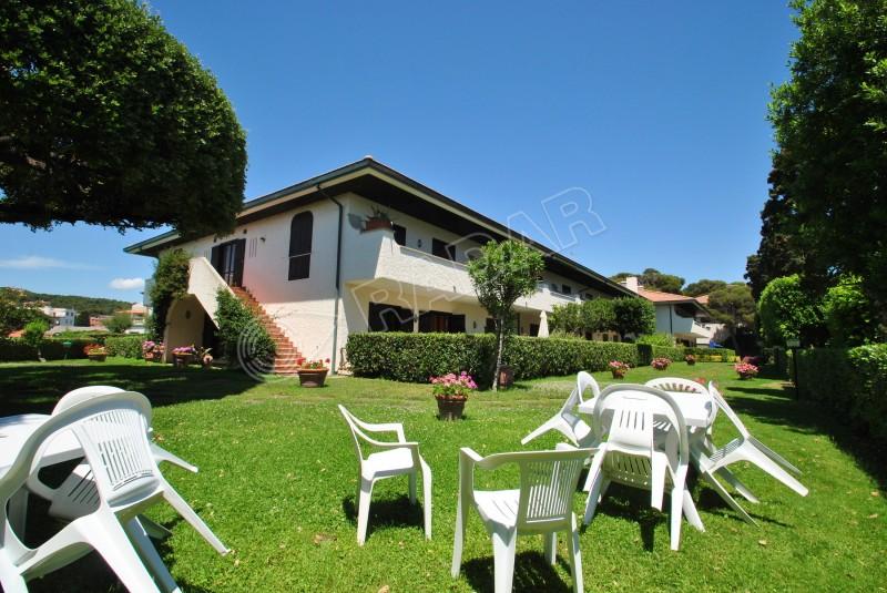 Castiglioncello  Wohnung in einer Ferienresidenz am Meer mit Pool