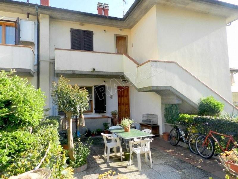 Rosignano Marittimo  Appartamento con giardino e balcone vista mare