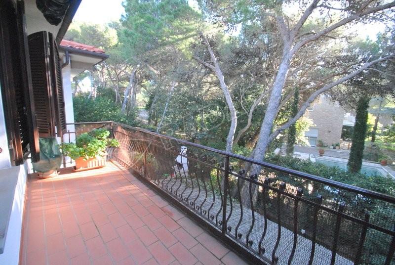 Castiglioncello  Ein-Schlafzimmer-Wohnung mit Terrasse und Parkplatz