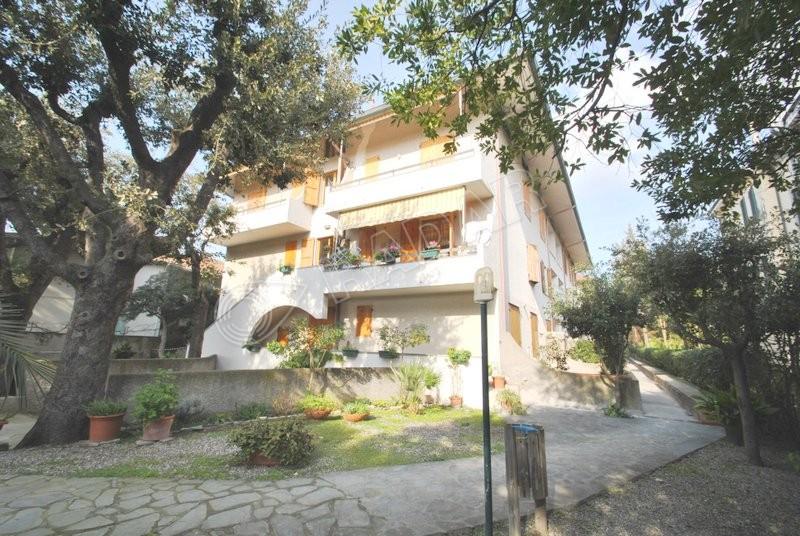 Castiglioncello  Wohnung mit Balkon -100 m vom Meer entfernt