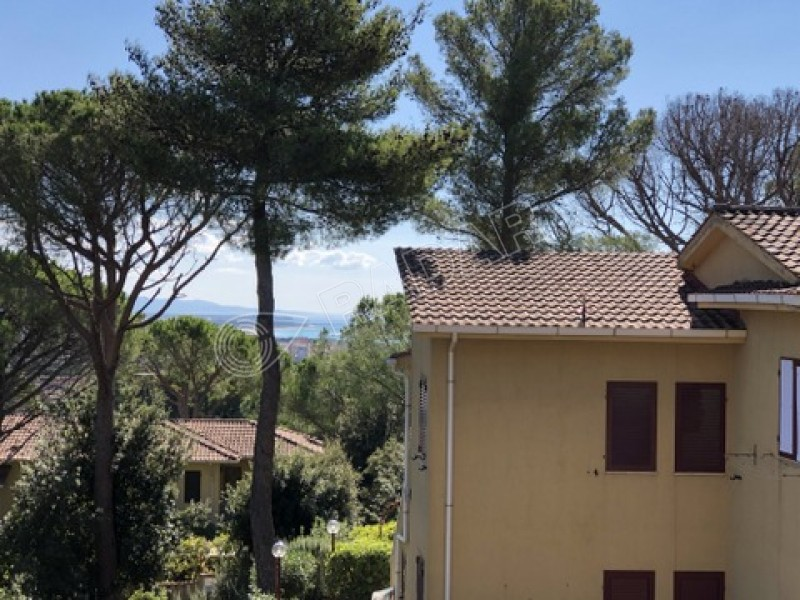 Castiglioncello  Residential Nice two-level three-room apartment with balcony