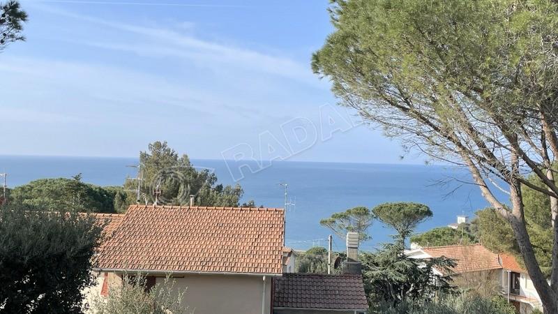 Castiglioncello  Villetta/Villa con vista mare e giardino