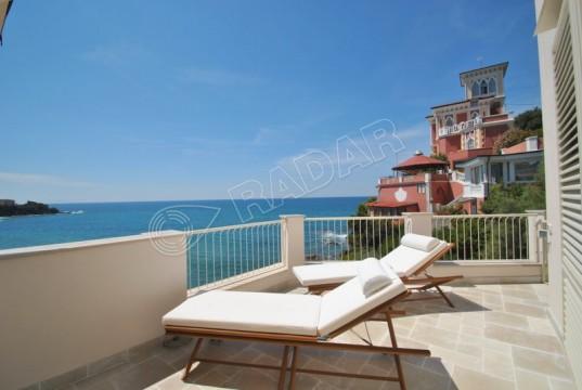 with big terrace with sea view- Quercetano bay Castiglioncello
